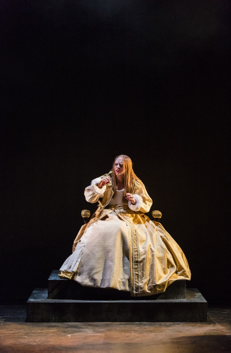 Mary Stuart 018