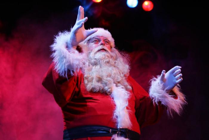 The Santa Claus Show (2013) 007